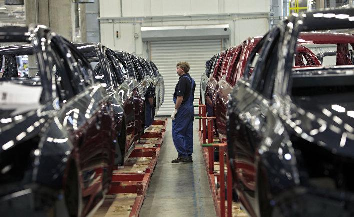 """Производство малогабаритных автомобилей Opel Astra на заводе General Motors в производственной зоне """"Шушары-2"""""""