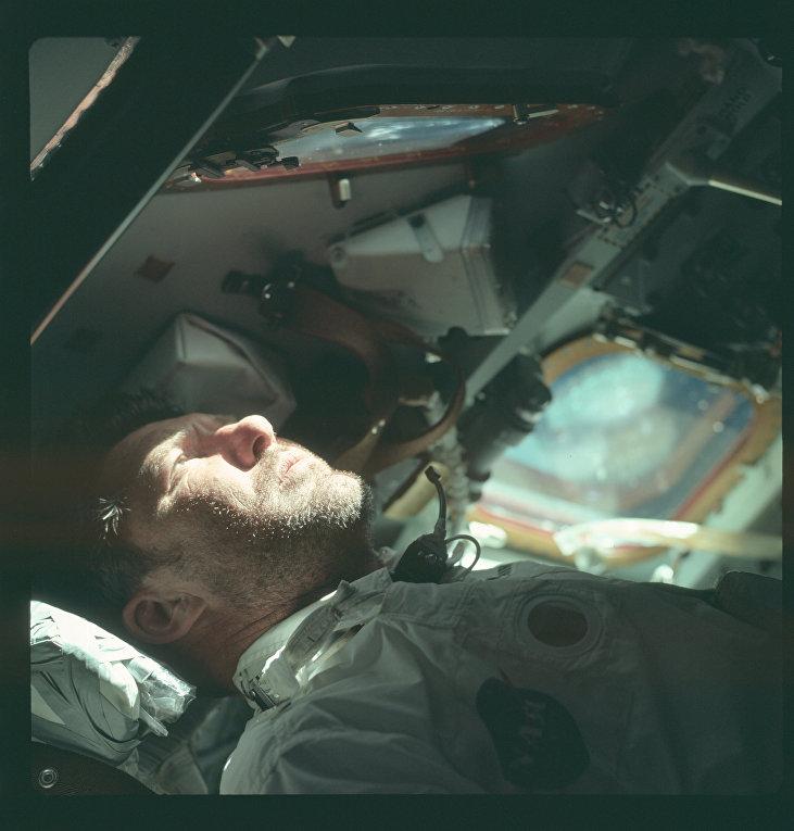 Миссия «Аполлона-7»: командир Уолтер Ширра