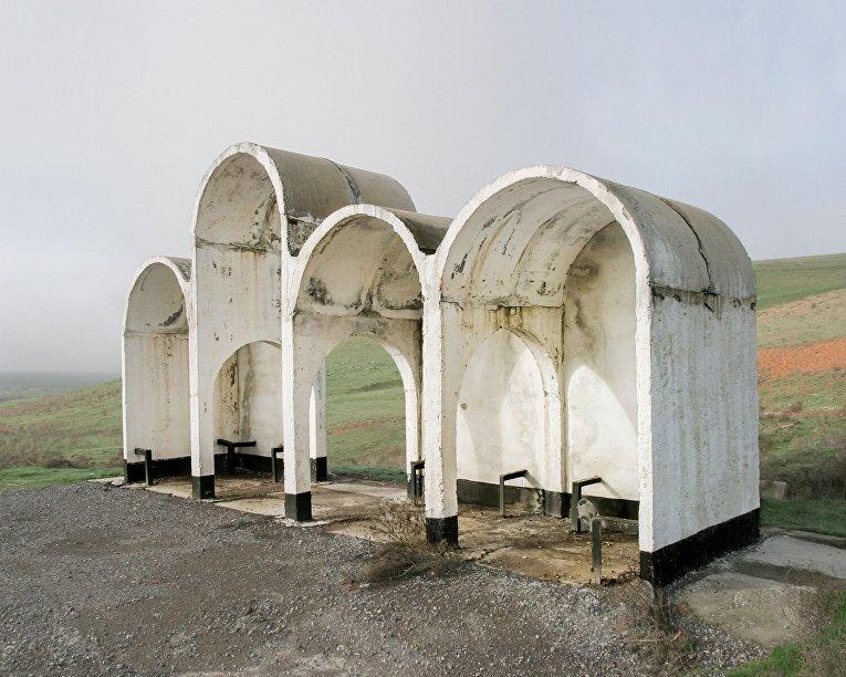 Автобусная остановка в Шымкенте, Казахстан