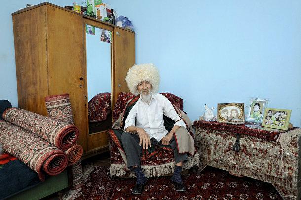 Ветеран Великой отечественной войны Гуванч Муратлев из Туркмении