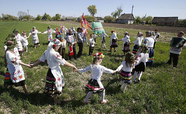 Празднование Дня Святого Юрия в деревне Погост Гомельской области