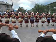 Празднование свадьбы в Македонии