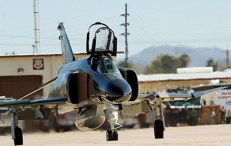 Истребитель-бомбардировщик «Макдоннел-Дуглас F-4 «Фантом» II»