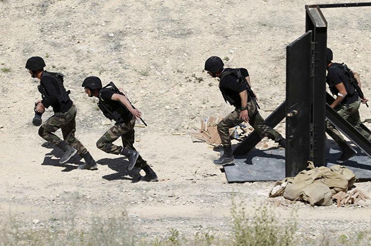 Палестинские солдаты на 6-х ежегодных соревнованиях военных подразделений под эгидой короля Иордании Абдаллы II
