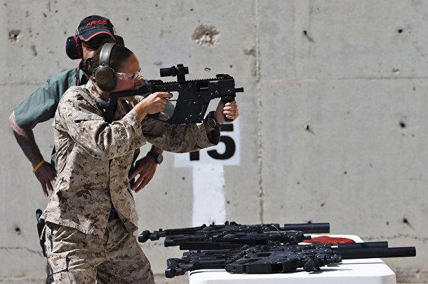 Женщина-солдат из США на 6-х ежегодных соревнованиях военных подразделений под эгидой короля Иордании Абдаллы II
