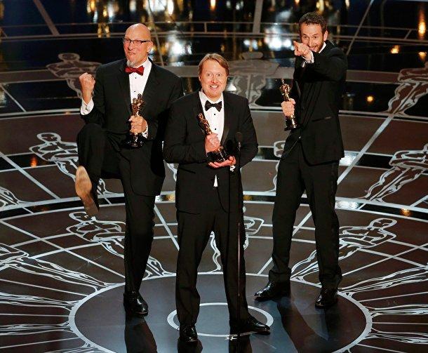 """Создатели мультфильма """"Город героев"""" на церемонии вручения премии """"Оскар"""" в Голливуде"""