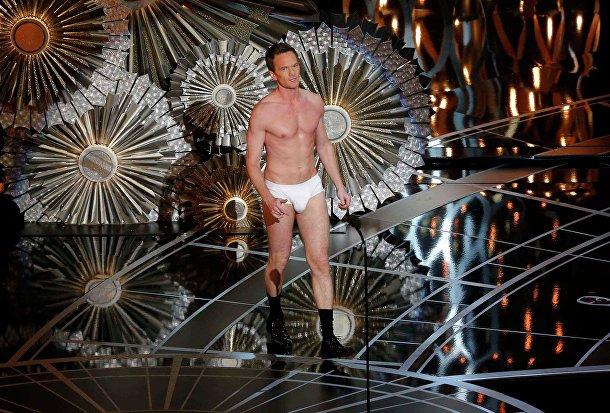 "Нил Патрик Харрис на церемонии вручения премии ""Оскар"" в Голливуде"