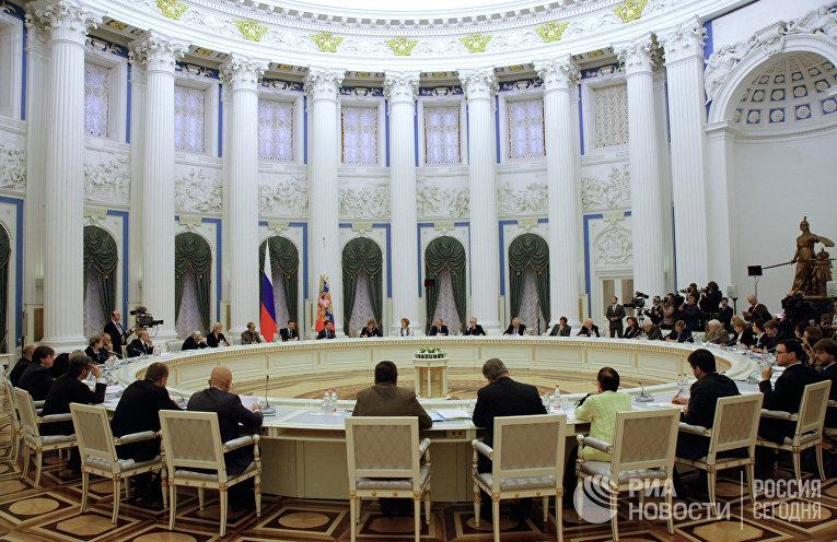 Заседание в Кремле Совета при президенте РФ по содействию развитию институтов гражданского общества и правам человека