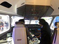 Фото макета российской-китайского самолёта CR929