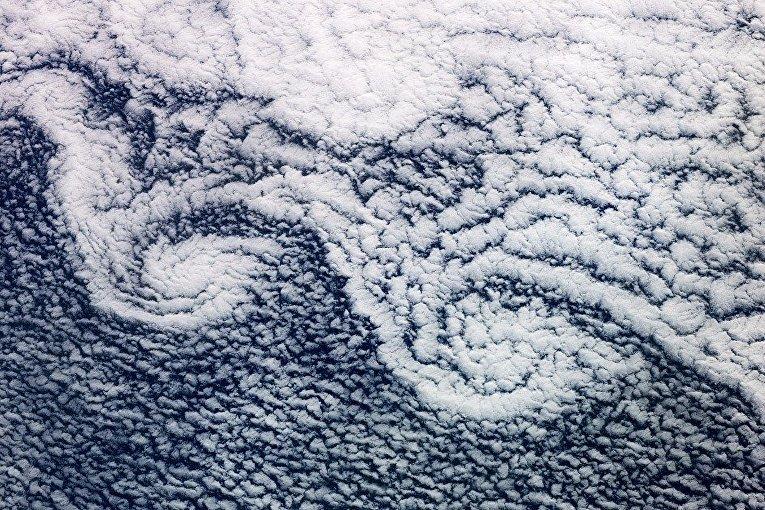 Узоры из облаков. Вид из космоса
