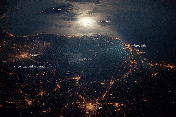 Космический снимок Турина (Италия), Лиона и Марселя (Франция)