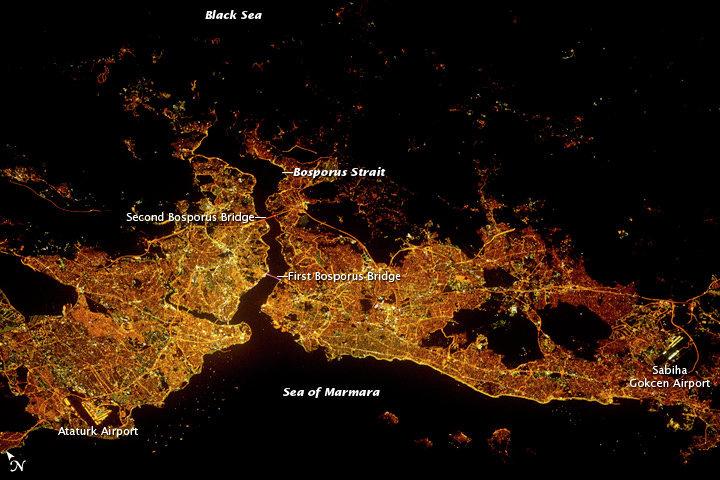 Космический снимок Стамбула