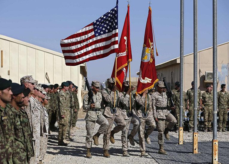 Церемония передачи военной базы Гильменд афганским военным