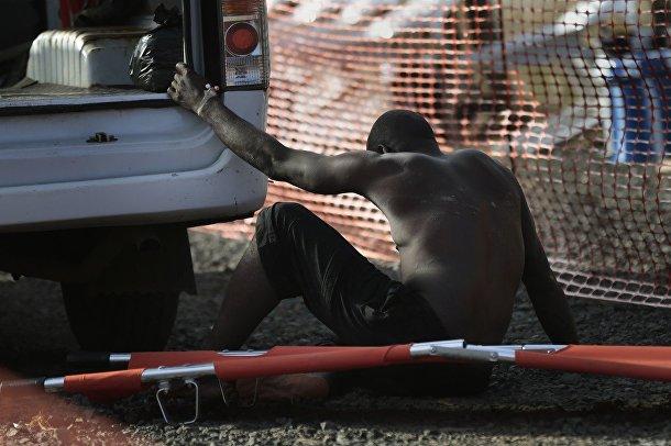 Больного привезли в центр организации «Врачи без границ»