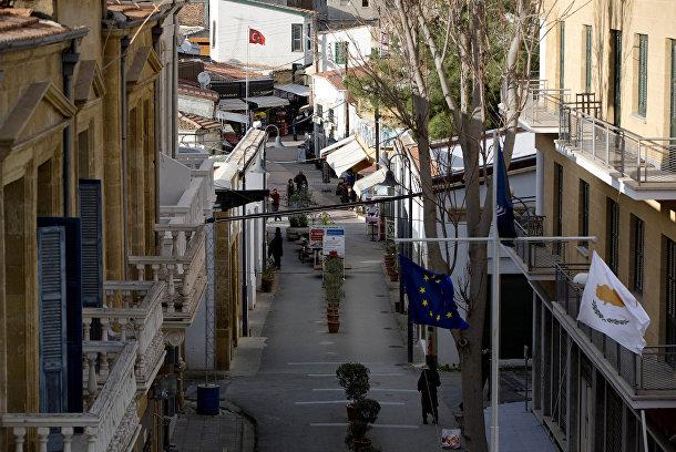 Улица Ледра в Никосии, разделенная «Зеленой линией»