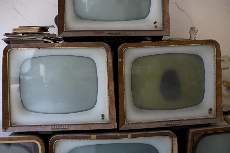 Старые телевизоры, найденные в буферной зоне ООН в Никосии