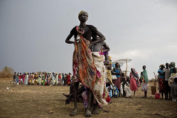 Женщины из Южного Судана в лагере для беженцев