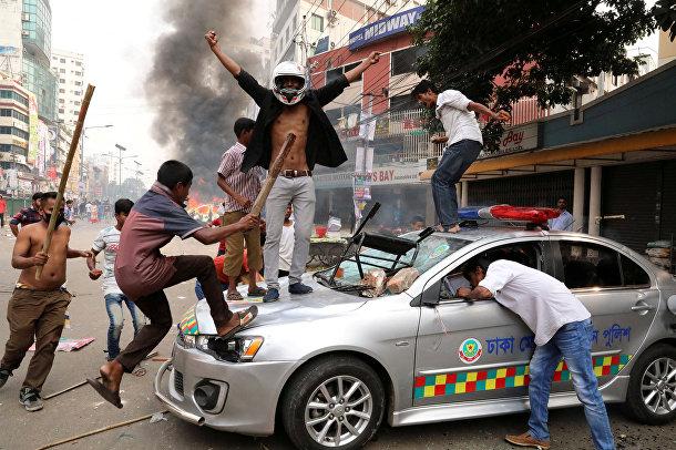 Беспорядки в Дакке, Бангладеш