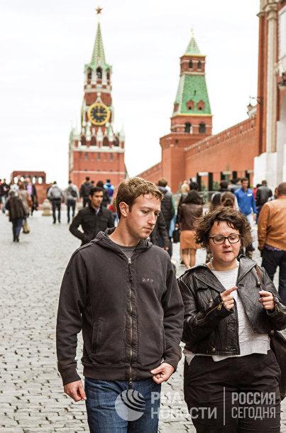 Основатель Facebook Марк Цукерберг прибыл в Москву