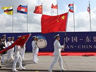 Церемония открытия военно-морских учений в китайском порту Чжаньцзян