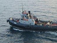 Два малых бронированных артиллерийских катера и рейдовый буксир ВМС Украины пересекли российскую границу и движутся в сторону Керченского пролива.  25 ноября 2018