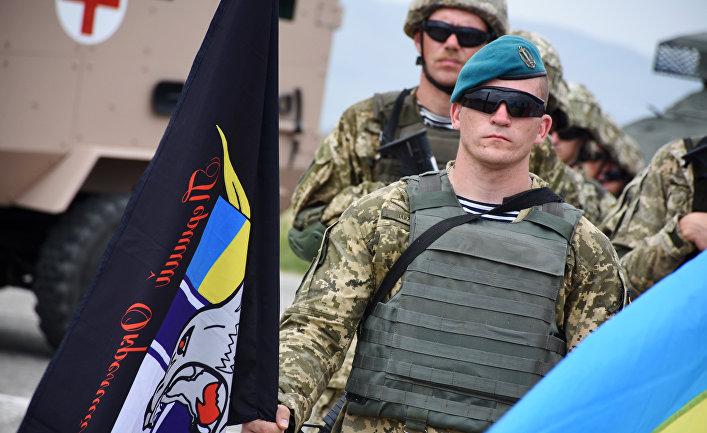 Военнослужащий армии Украины на открытии международных военных учений под эгидой НАТО в Грузии