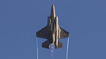 Израильский истребитель F-35 на военно-воздушной базе «Хатцерим»