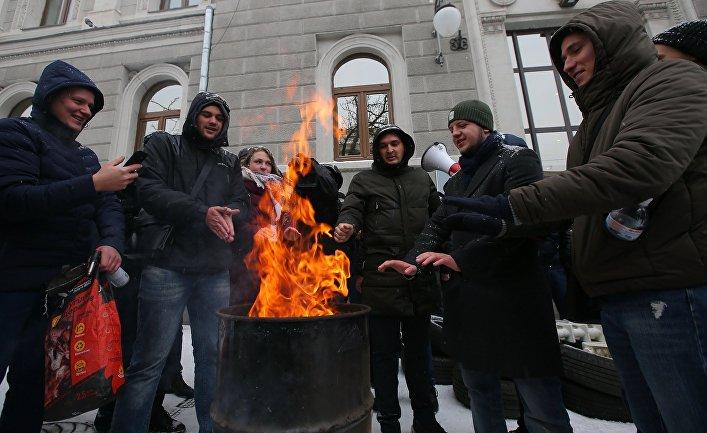 Акции с требованием включить отопление в городах Украины