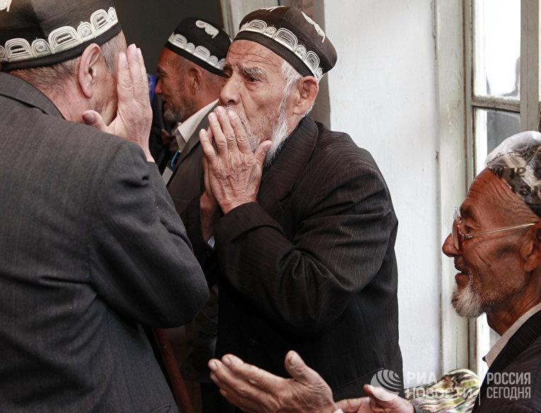 Выборы парламента в Киргизии