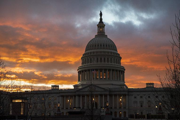 Около четверти федеральных учреждений США приостановили работу с 22 декабря