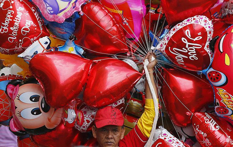Шарики для Дня святого Валентина в Маниле, Филиппины
