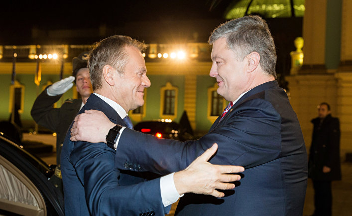 Президент Украины Петр Порошенко и президента Европейского совета Дональд Туск в Киеве