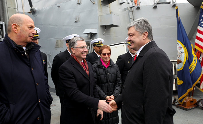 Курт Волкер и президент Украины Петр Порошенко