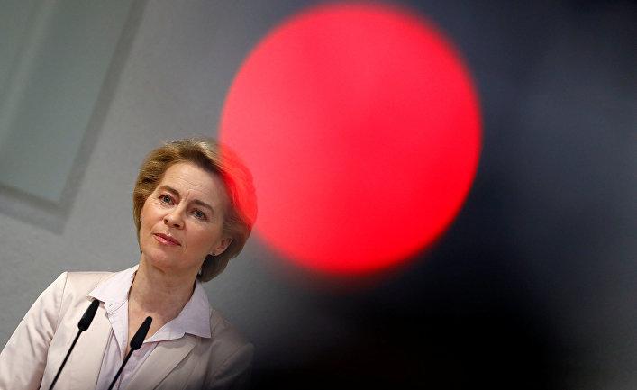 Урсула фон дер Ляйен выступает в Берлине