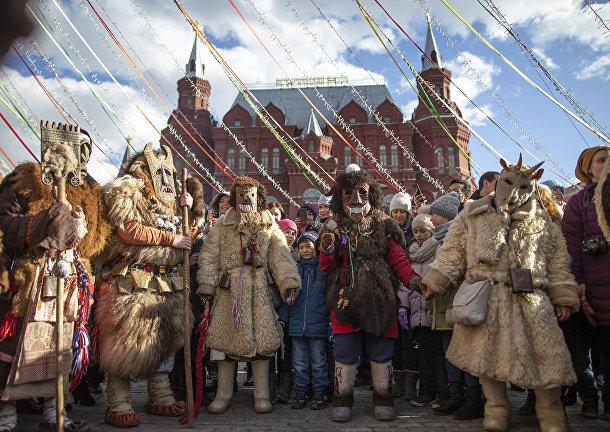 Артисты готовятся к выступлению на Манежной площади в Москве