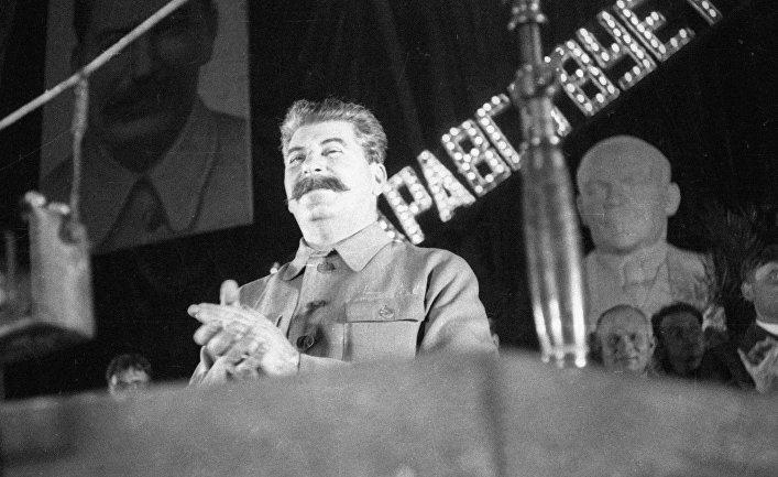 Генеральный секретарь ЦК ВКП (б) Иосиф Сталин