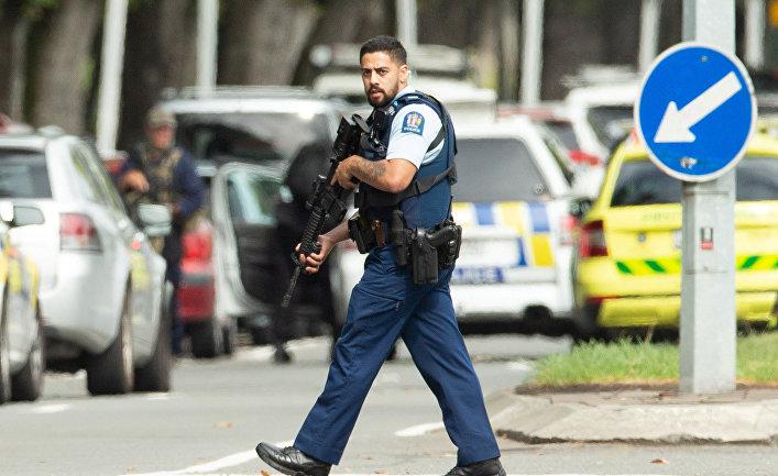 Полиция на месте стрельбы в мечети Аль-Нур в Крайстчерче, Новая Зеландия