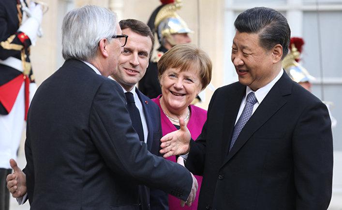 Президент Франции Эммануэль Макрон, президент Комиссии ЕС Жан-Клод Юнкер, канцлер Германии Ангела Меркель и председатель КНР Си Цзиньпин