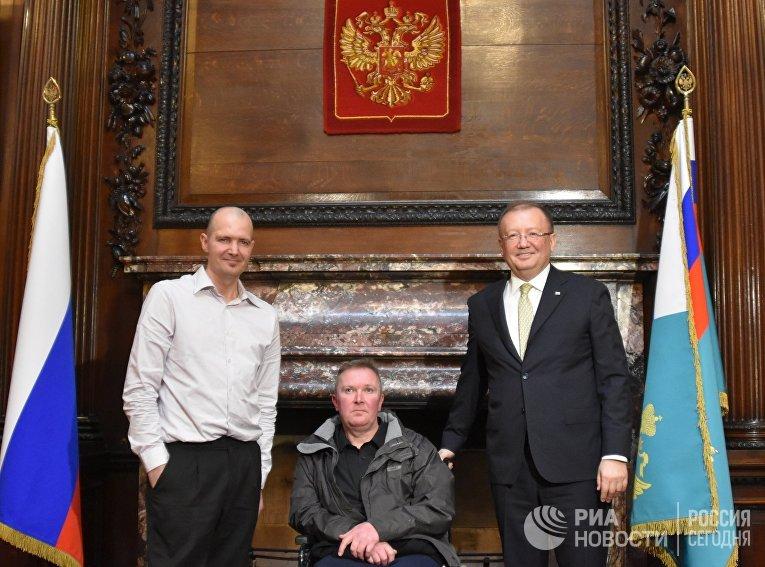 Встреча посла РФ в Великобритании Александра Яковенко с Чарльзом Роули