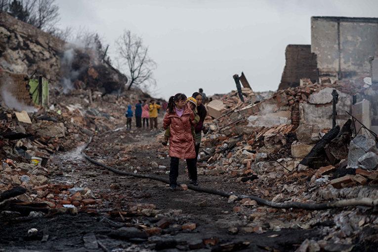 Сильный пожар уничтожил древний тибетский город Дукэцзун