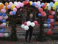Мужчина с воздушными шарами, Кабул, Афганистан