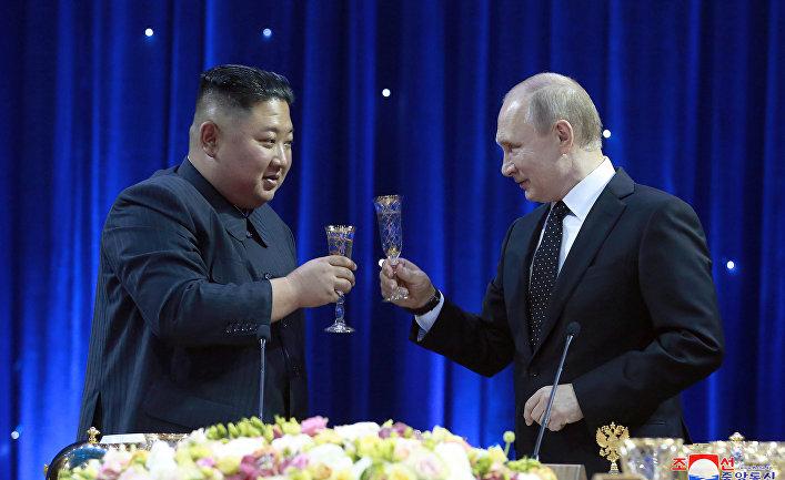 Президент РФ Владимир Путин и председатель Госсовета Корейской Народно-Демократической Республики Ким Чен Ын
