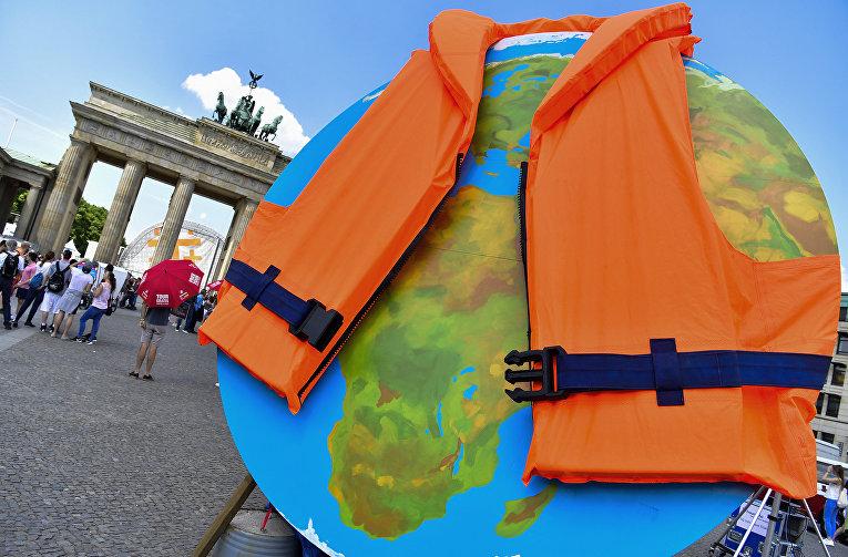 Акция активистов из Greenpeace в Берлине