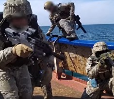 Украинские моряки взяли на абордаж «вражеское судно»