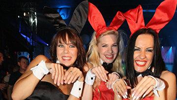 Вклубе Arena нацеремонии награждения лучшая «Девушка Года» поверсии журнала Playboy