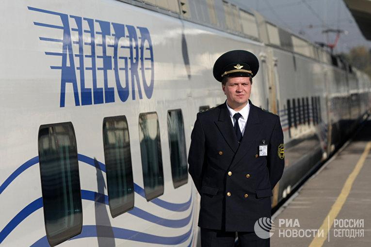 """Презентация скоростного поезда """"Аллегро"""" в Санкт-Петербурге"""