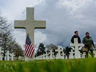 Американское военное кладбище в Кольвиль-cюр-Мер на месте высадки союзников в Нормандии в ходе Второй мировой войны. Самое большое захоронение американских военных за пределами США