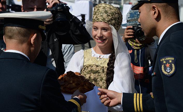 Прибытие отряда боевых кораблей ВМС Китая во Владивосток