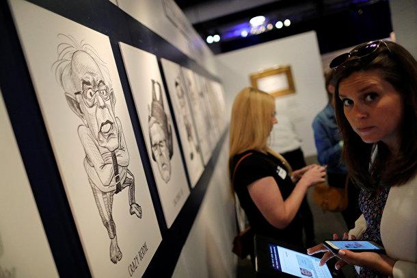 Репортеры на открытии выставки