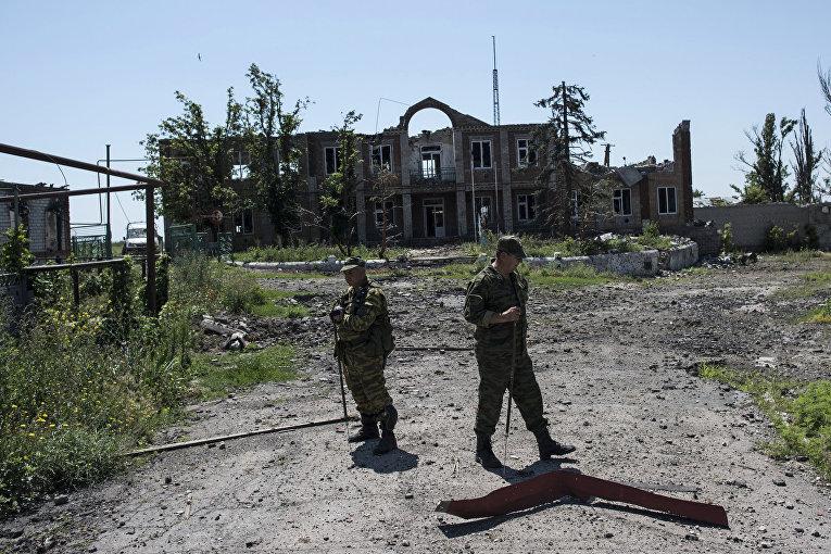 Ополченцы в Широкино